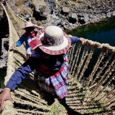 Queswachaca o Puente Inca